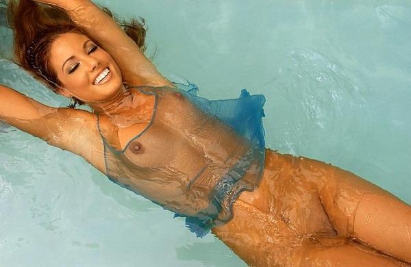 сексуальная девушка в бассейне. красивые фото # 02