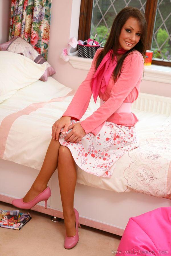 Сексуальные фото - красавица в розовом # 04